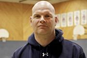 L'entraîneur de la formation féminine des Inouk, John... (Julie Catudal, archives La Voix de l'Est) - image 1.0