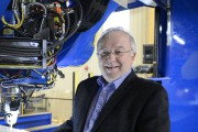 Louis Dussault, directeur général du CEE-UQAC, pose au... (Photo Le Quotidien, Jeannot Lévesque) - image 2.0