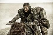Tom Hardy dans Mad Max: Fury Road.... (Warner Bros.) - image 2.0