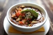 La sopa azteca du chef Alejandro Tamariz.... (PHOTO MARTIN CHAMBERLAND, LA PRESSE) - image 5.0