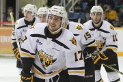Giovanni Fiore a joué les héros contre son... (Cape Breton Screaming Eagles) - image 2.0