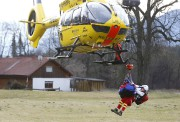 Les autorités allemandes cherchaient mardi à... (PHOTO MATTHIAS SCHRADER, AP) - image 4.1
