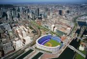 La construction d'un nouveau stade au bassin Peel... (IMAGE FOURNIE PAR ETIENNE COUTU) - image 1.0