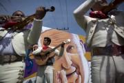 Le pape François a plaidé dimanche pour un Mexique... (Rebecca Blackwell, AP) - image 2.0