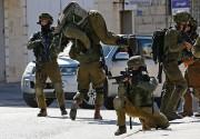 Des centaines de jeunes Palestiniens ont affronté à... (PHOTO ABBAS MOMANI, AFP) - image 1.1