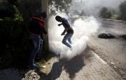 Des centaines de jeunes Palestiniens ont... (PHOTO MOHAMAD TOROKMAN, REUTERS) - image 2.0