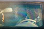 Ehud Olmert est arrivé en voiture par l'arrière... (PHOTO MENAHEM KAHANA, AFP) - image 3.0