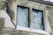 Petits carreaux de vitre sertis dans le plomb.... (PHOTO ALAIN ROBERGE, LA PRESSE) - image 3.0