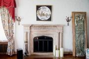 L'âtre de marbre reprend la forme en accolade... (PHOTO ALAIN ROBERGE, LA PRESSE) - image 6.0