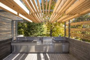 La terrasse de Martine Brisson designer d'intérieur.... (PHOTO FOURNIE PAR LES GRANDS PRIX DU DESIGN) - image 7.0