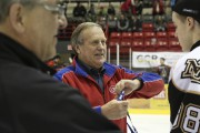 L'ancien entraîneur du Canadien, Jean Perron.... (Julie Catudal, La Voix de l'Est) - image 2.0