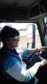 Lyne Simard réalise son rêve au volant d'un... (Photo courtoisie) - image 3.0