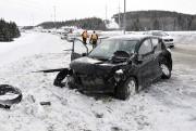 Sur l'autoroute 70, deux véhicules se sont tamponnés... ((Photo Le Quotidien-Rocket Lavoie)) - image 1.1