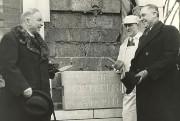 Le 27février1941, le premier ministre du Canada, William... - image 2.0