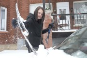 La dernière chute de neige a forcé Alexandra... (Sylvain Mayer, Le Nouvelliste) - image 1.0