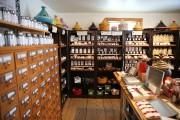 Thés, tisanes, herbes et épices en vrac, L'Apothicaire... (PHOTO MARTIN CHAMBERLAND, LA PRESSE) - image 4.0