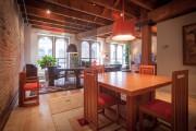 La salle à manger sépare la cuisine d'une... (PHOTO FOURNIE PAR PIERRE GUILLAUME) - image 3.0
