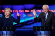 Les candidats démocrates Hillary Clinton et Bernie Sanders... (AP, Carlos Osorio) - image 2.0