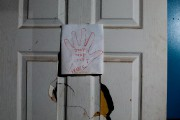 Sur la porte de la chambre de Rosiana,... (PHOTO OLIVIER JEAN, LA PRESSE) - image 3.1