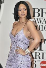 Rihanna est l'artiste féminine la plus écoutée sur... (AFP, Niklas Halle'n) - image 6.0