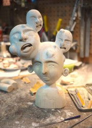 Trois sculptures réalisées par un artiste d'Arvida, Kevin... (Photo courtoisie) - image 2.1