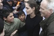 Angelina Jolie en Grèce pour les migrants... (AFP, Panagioti Tzamaros) - image 1.0