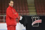 L'entraîneur des gardiens des Remparts Maxime Ouellet... (Photothèque Le Soleil, Yan Doublet) - image 4.0
