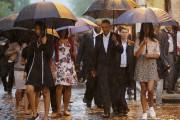 Le président Obama accompagné de la Première dame... (PHOTO CARLOS BARRIA, REUTERS) - image 3.0