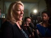 «Si une femme comme Lise Thériaultpeut réaliser ses... (PhotoJacques Boissinot, La presse canadienne) - image 1.0