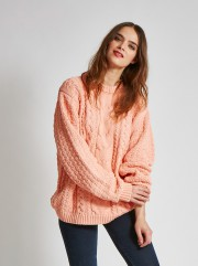 Chandail Aran, Vaute Couture, 325$, offert en ligne... (PHOTO FOURNIE PAR  VAUTE COUTURE) - image 6.0