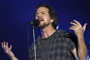Plusieurs amateurs de Pearl Jam n'ont pu mettre... (Photothèque Le Soleil) - image 2.0