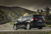 Chrysler Pacifica 2016. Photo : FCA... - image 3.0