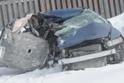 Une camionnette et une petite voiture sont impliquées... (Photo Le Quotidien, Gimmy Desbiens) - image 1.0