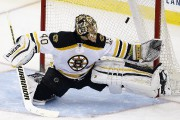 Tuukka Rask... (PHOTO JULIO CORTEZ, AP) - image 1.0