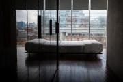 Les chambres sont épurées, décorées minimalement, mais avec... (PHOTO MARTIN LEBLANC, LA PRESSE) - image 2.0