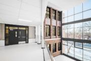 Un atrium vitré sépare l'ancienne partie de la... (PHOTO CHARLES LANTEIGNE, FOURNIE PAR NFOE ARCHITECTES) - image 2.0