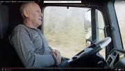 Garde les yeux sur la route et ote... - image 5.0