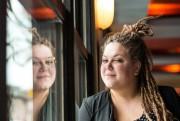 Assise au Café Cherrier, Stéphanie... (PHOTO HUGO-SÉBASTIEN AUBERT, LA PRESSE) - image 2.0