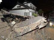 Une maison s'est effondrée à Kumamoto.... (PHOTO KYODO/REUTERS) - image 1.1