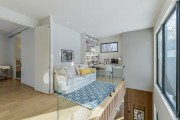 Un coin de charme situé à l'étage, faisant... (PHOTO MICHAEL GLICKSMAN, FOURNIE PAR PROFUSION IMMOBILIER) - image 3.0