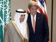 Adel al-Jubeir et le secrétaire d'État des États-Unis... (PHOTO REUTERS) - image 2.0