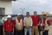 L'homme d'affaires gatinois Gordon Poole (deuxième à droite)... (Courtoisie, HolaÉquateur) - image 1.0
