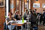 LeCaféMaelstrøm est un café le jour et un... (PHOTO PATRICE LAROCHE, LE SOLEIL) - image 3.0