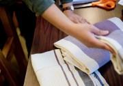 Les linges à vaisselle de Valérie, faits de... (PHOTO MARCO CAMPANOZZI, LA PRESSE) - image 3.0