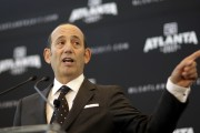 Le commissaire de la Major League Soccer, Don... (Archives Associated Press) - image 2.0