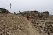 Le séisme a fait vaciller une économie déjà... (AFP, Prakash Mathema) - image 2.0