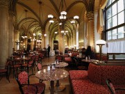 Le café Central, au style vénitien néo-gothique.... (PHOTO CHRISTIAN STEMPER, FOURNIE PAR TOURISME VIENNE) - image 2.0