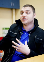 Taoufik Zahani parle le français et l'arabe, ce... (Spectre Média, Jessica Garneau) - image 3.0