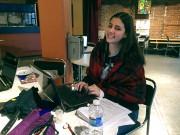 Arianne Boudreault en plein travail.... (PHOTO FOURNIE PAR LE THÉÂTRE LE CLOU) - image 1.0