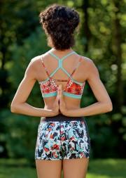 En yoga, on aime avoir un beau dos... (PHOTO FOURNIE PAR SPORTIUM) - image 2.0